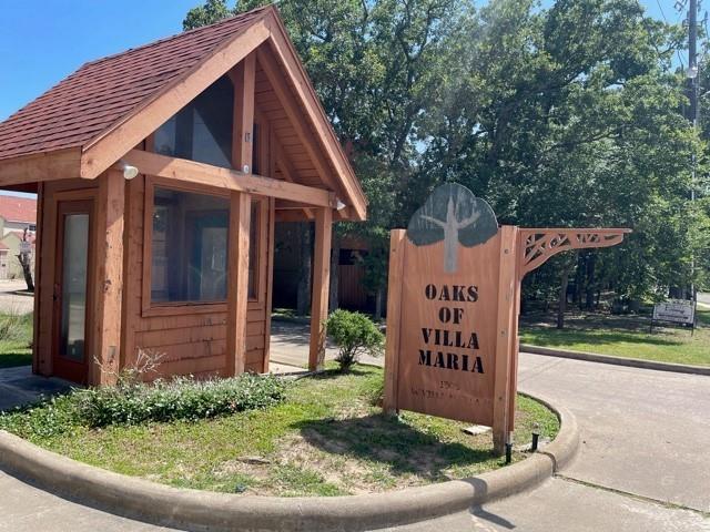 1305 Villa Maria  Road, Bryan, Texas 77801 - Acquisto Real Estate best frisco realtor Amy Gasperini 1031 exchange expert