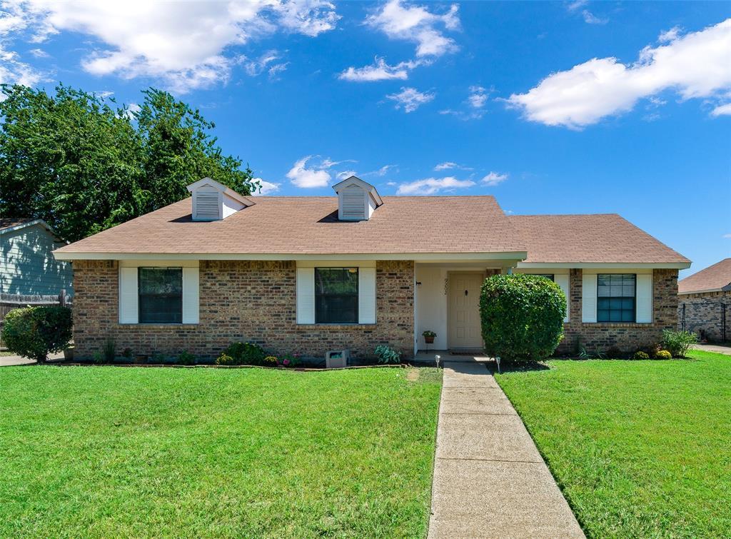 9202 Sugarberry  Road, Dallas, Texas 75249 - Acquisto Real Estate best frisco realtor Amy Gasperini 1031 exchange expert