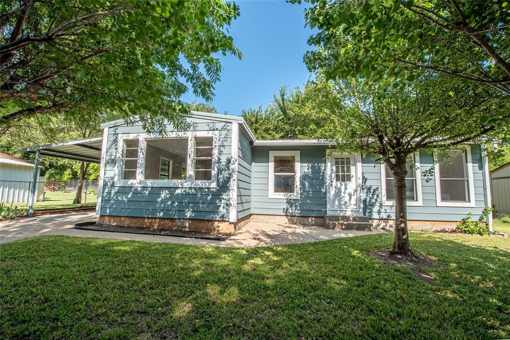 217 Clinton  Drive, Weatherford, Texas 76086 - Acquisto Real Estate best frisco realtor Amy Gasperini 1031 exchange expert