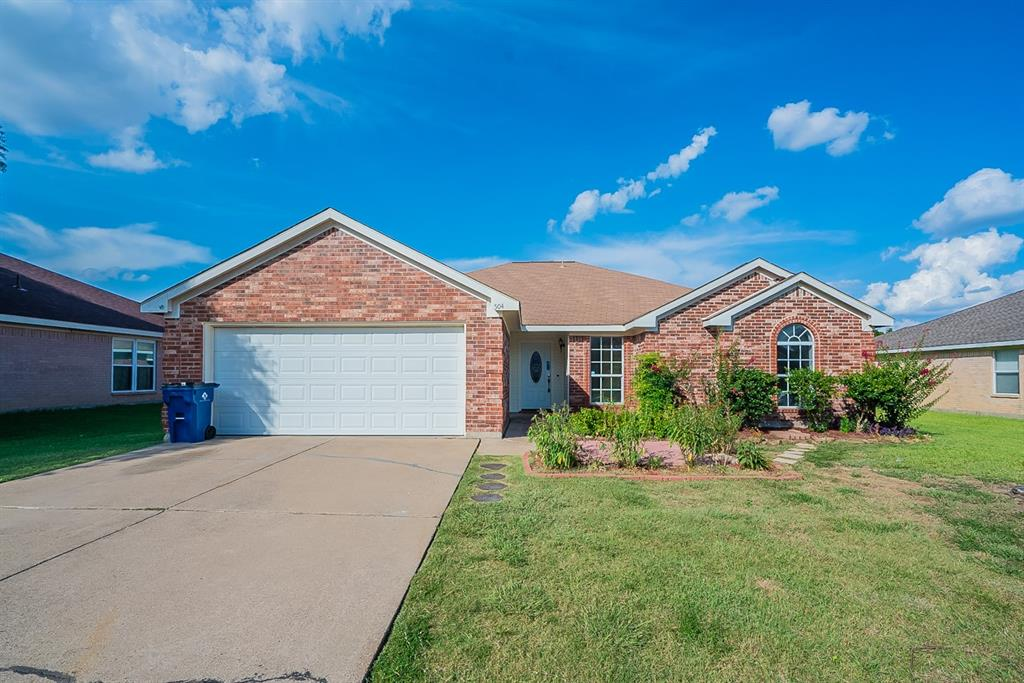 504 Marybeth  Drive, Burleson, Texas 76028 - Acquisto Real Estate best frisco realtor Amy Gasperini 1031 exchange expert