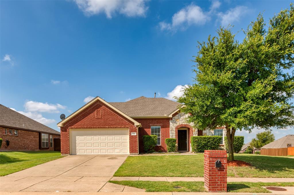 401 Tarpan  Trail, Celina, Texas 75009 - Acquisto Real Estate best frisco realtor Amy Gasperini 1031 exchange expert