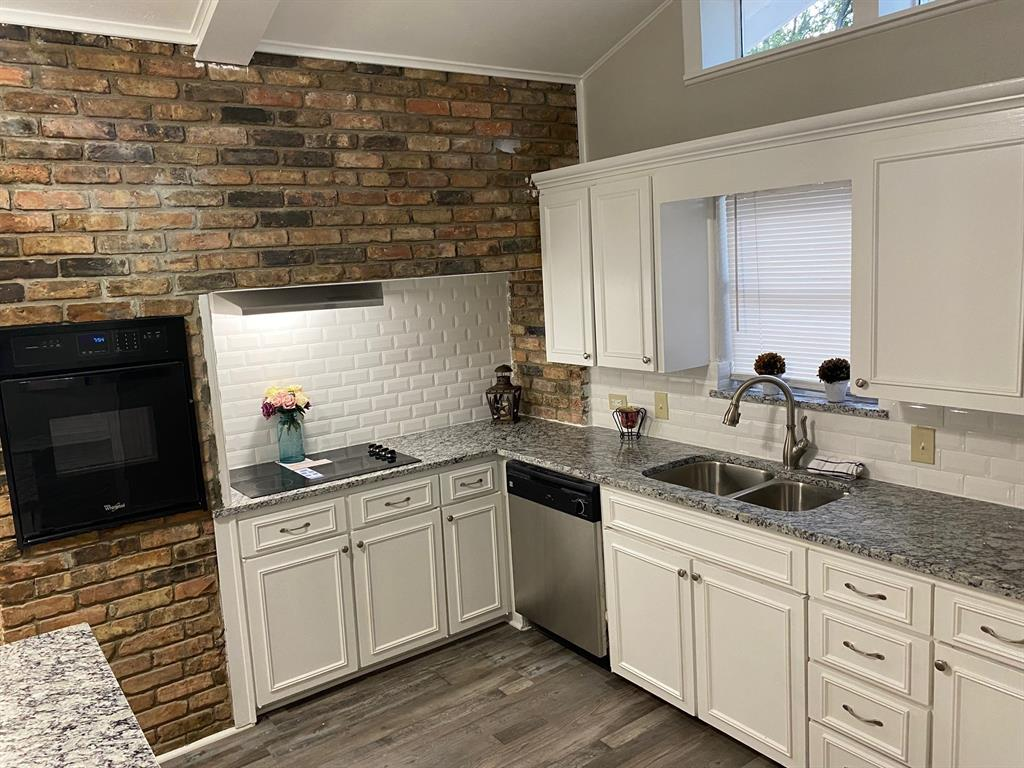 1950 Downey  Drive, Fort Worth, Texas 76112 - Acquisto Real Estate best frisco realtor Amy Gasperini 1031 exchange expert