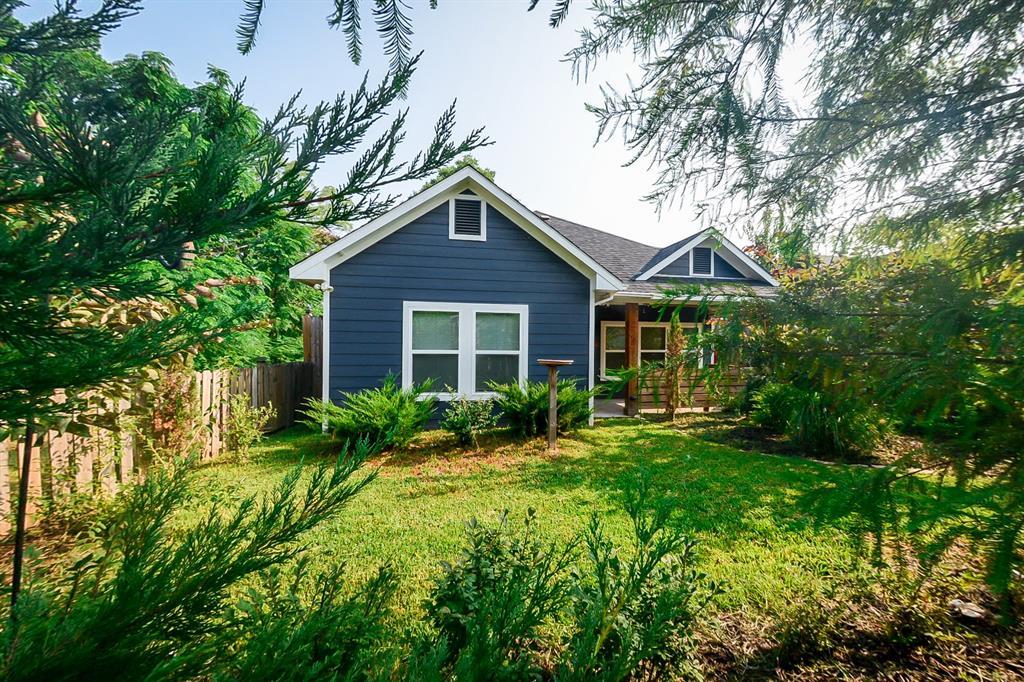 219 Munson  Street, Denison, Texas 75020 - Acquisto Real Estate best frisco realtor Amy Gasperini 1031 exchange expert