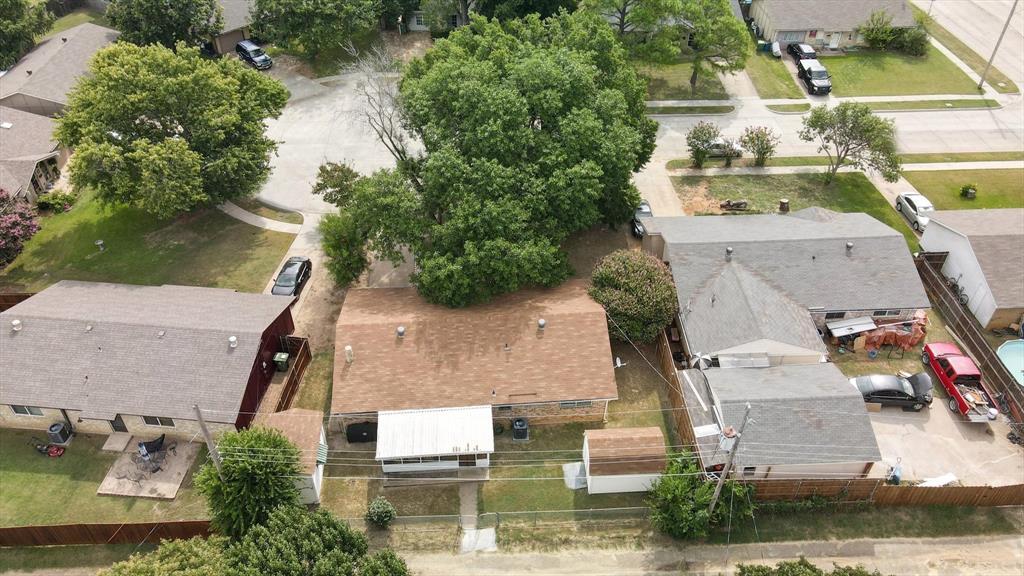 118 Fernwood  Place, Lewisville, Texas 75067 - Acquisto Real Estate best frisco realtor Amy Gasperini 1031 exchange expert
