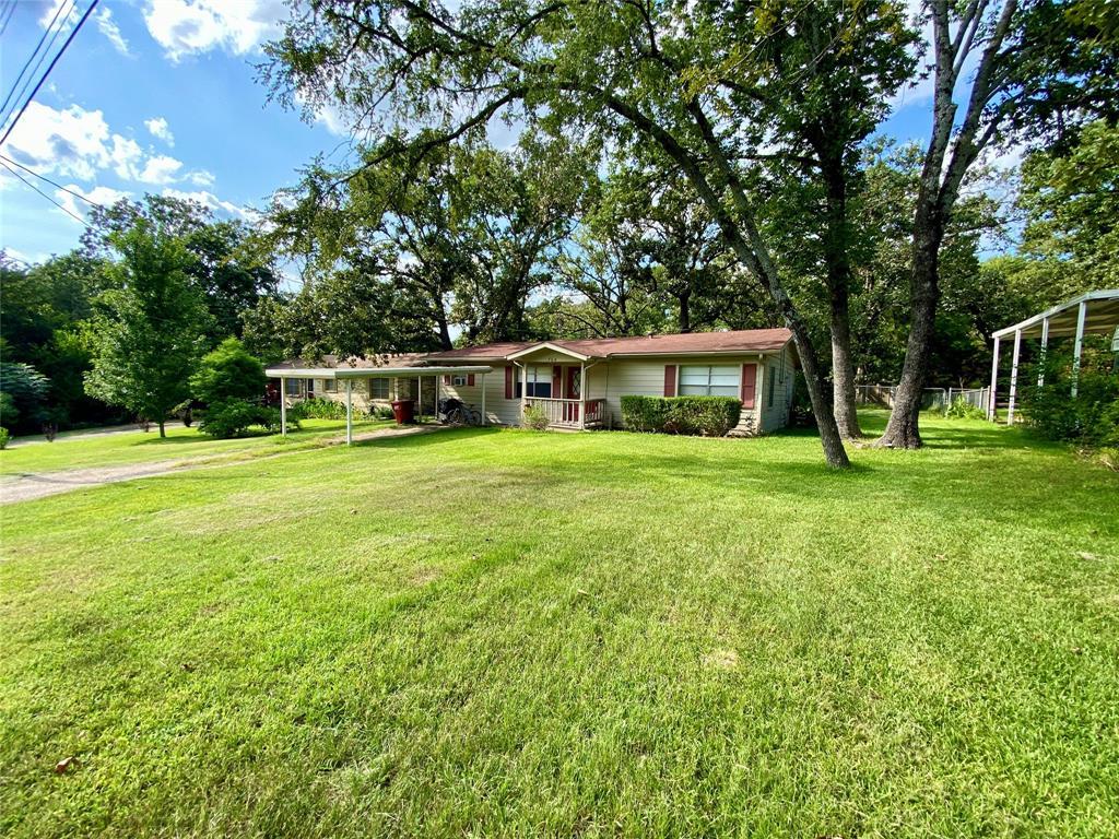 704 Elm  Street, Canton, Texas 75103 - Acquisto Real Estate best frisco realtor Amy Gasperini 1031 exchange expert