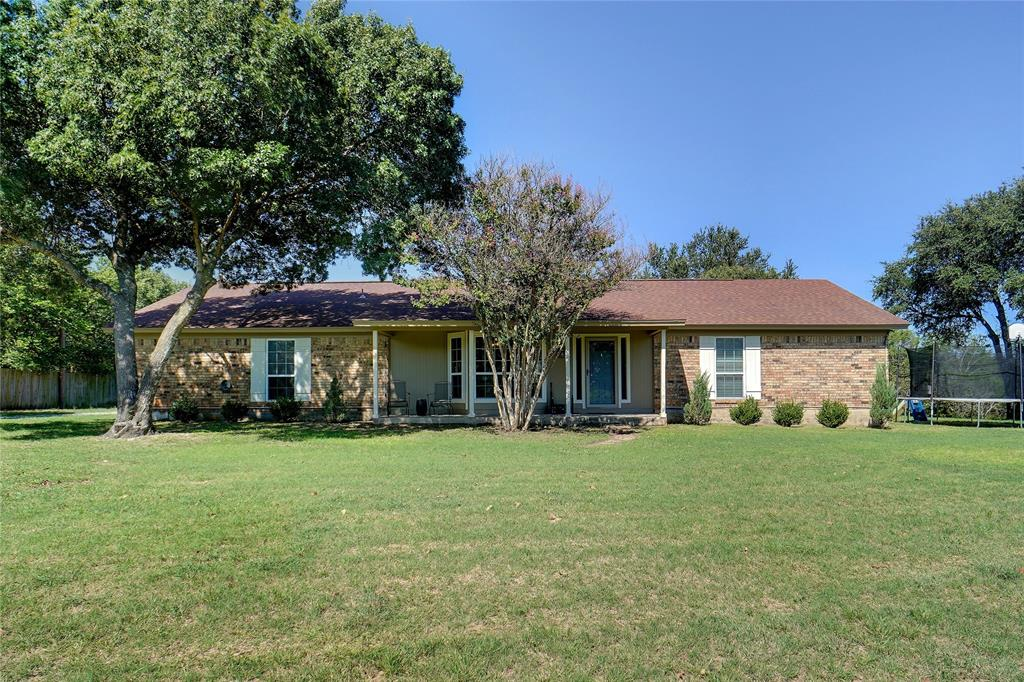 475 Valley View  Drive, Azle, Texas 76020 - Acquisto Real Estate best frisco realtor Amy Gasperini 1031 exchange expert