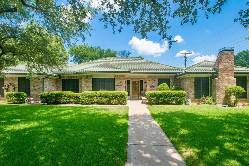 5813 Cedarcrest  Drive, Haltom City, Texas 76117 - Acquisto Real Estate best frisco realtor Amy Gasperini 1031 exchange expert