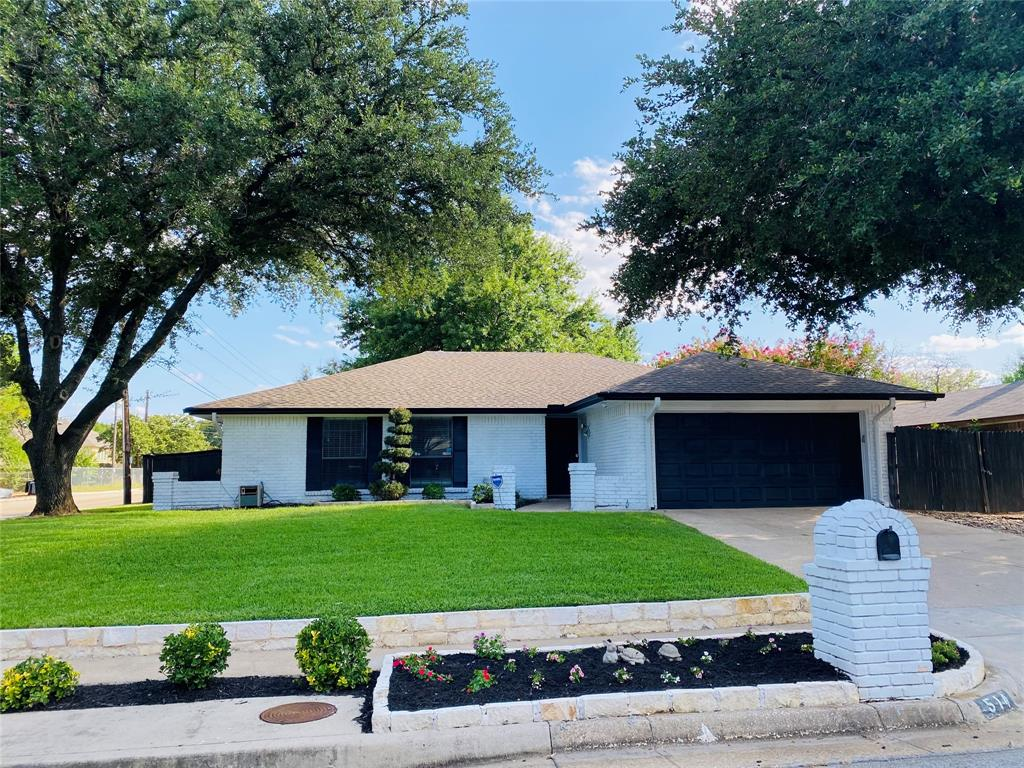 514 Bayberry  Lane, Euless, Texas 76039 - Acquisto Real Estate best frisco realtor Amy Gasperini 1031 exchange expert