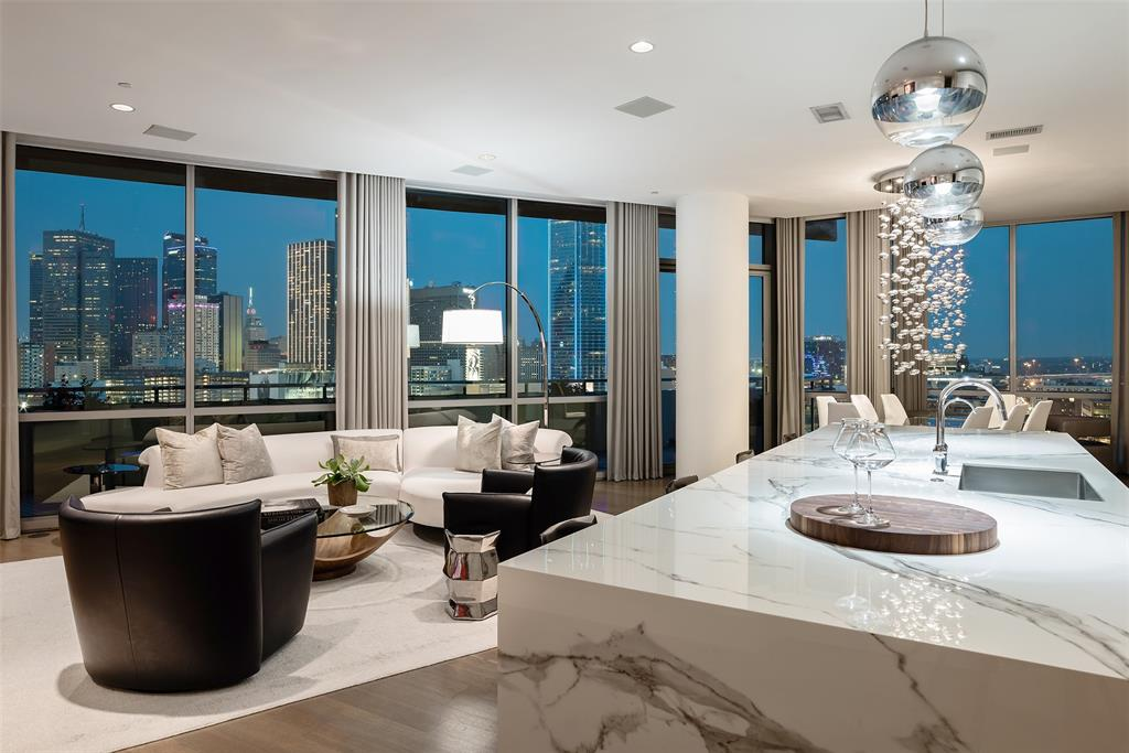 2200 Victory  Avenue, Dallas, Texas 75219 - Acquisto Real Estate best frisco realtor Amy Gasperini 1031 exchange expert
