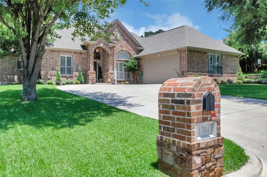 1304 Rodden  Drive, Decatur, Texas 76234 - Acquisto Real Estate best frisco realtor Amy Gasperini 1031 exchange expert
