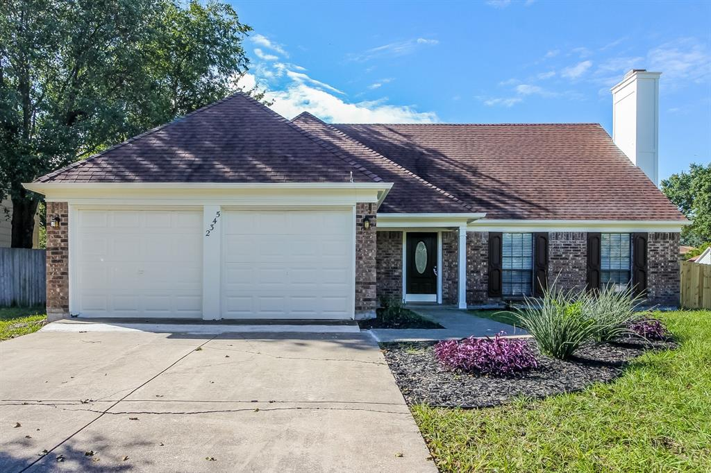 2345 Warwick  Avenue, Grand Prairie, Texas 75052 - Acquisto Real Estate best frisco realtor Amy Gasperini 1031 exchange expert