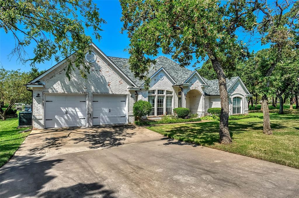 102 Mohawk  Cove, Lake Kiowa, Texas 76240 - Acquisto Real Estate best frisco realtor Amy Gasperini 1031 exchange expert