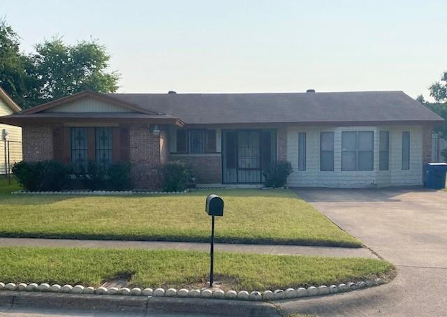 1317 Oak Creek  Drive, Hutchins, Texas 75141 - Acquisto Real Estate best frisco realtor Amy Gasperini 1031 exchange expert