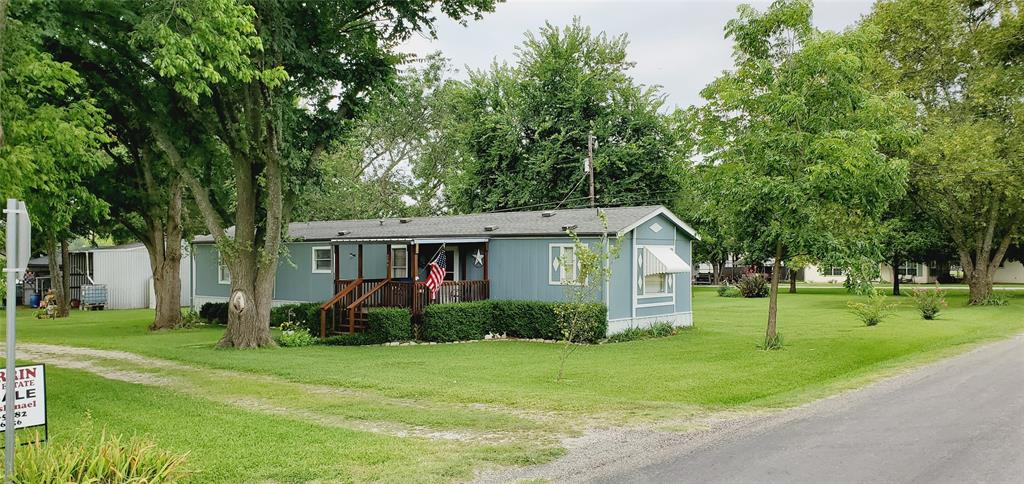 209 Pueblo  Drive, Gordonville, Texas 76245 - Acquisto Real Estate best frisco realtor Amy Gasperini 1031 exchange expert