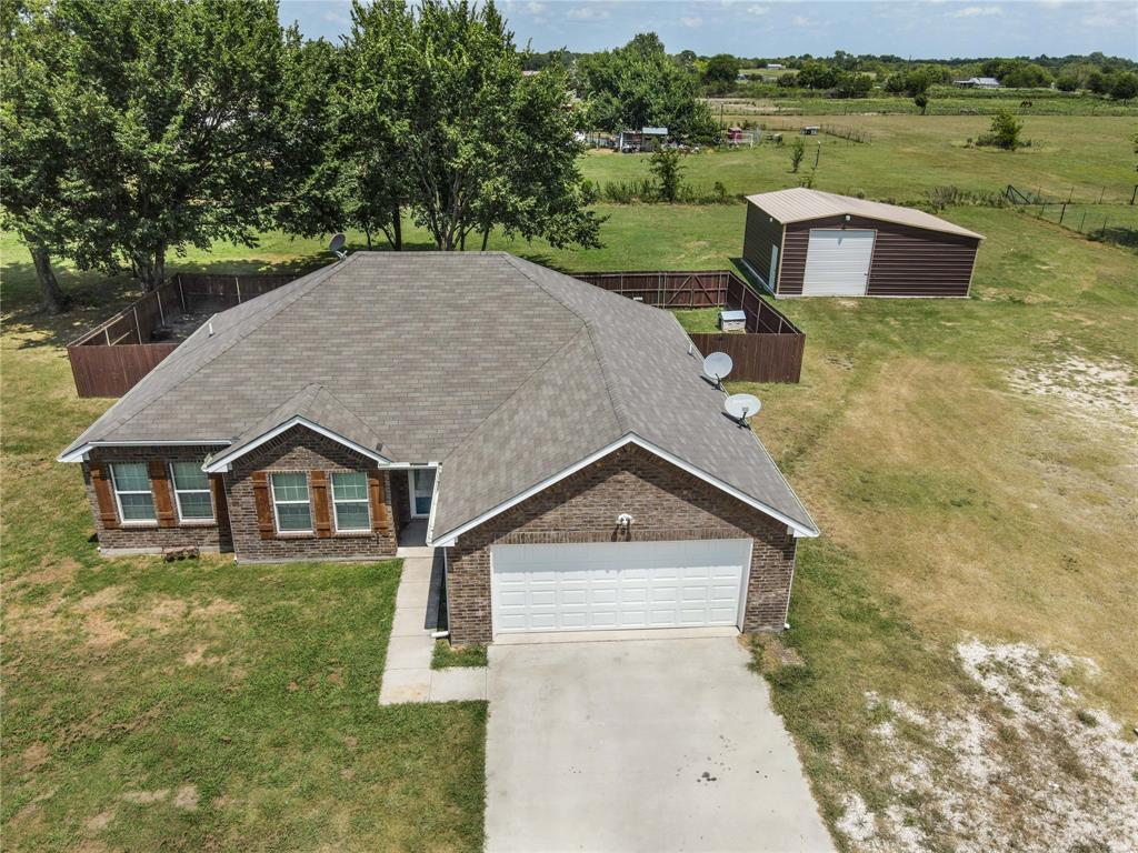 4674 Fm 2194  Celeste, Texas 75423 - Acquisto Real Estate best frisco realtor Amy Gasperini 1031 exchange expert