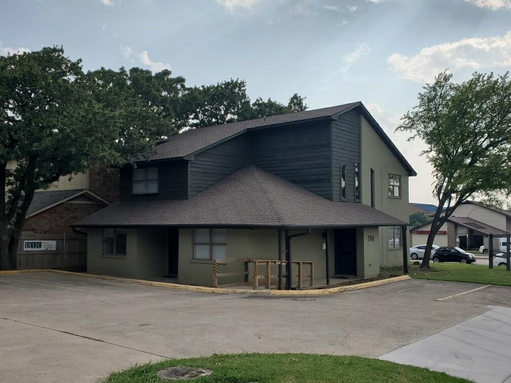 700 Londonderry  Lane, Denton, Texas 76205 - Acquisto Real Estate best frisco realtor Amy Gasperini 1031 exchange expert