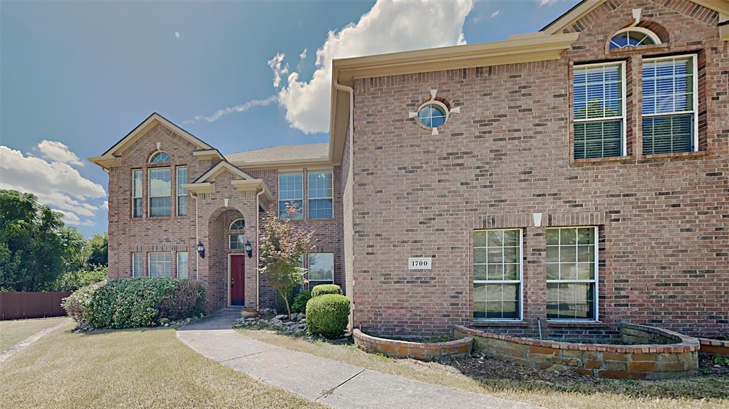 1700 Running River  Drive, DeSoto, Texas 75115 - Acquisto Real Estate best frisco realtor Amy Gasperini 1031 exchange expert