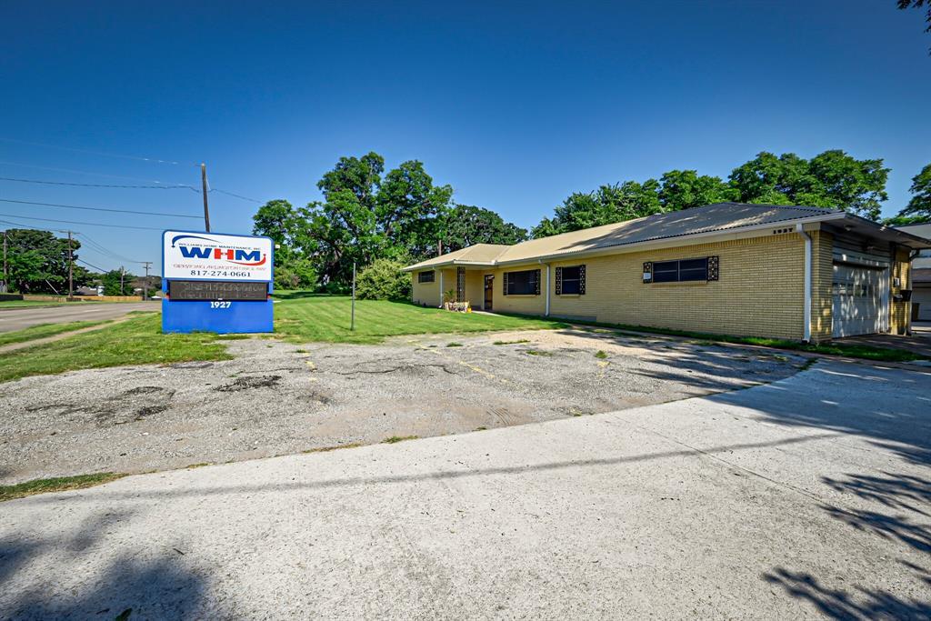1927 Arkansas  Lane, Pantego, Texas 76013 - Acquisto Real Estate best frisco realtor Amy Gasperini 1031 exchange expert