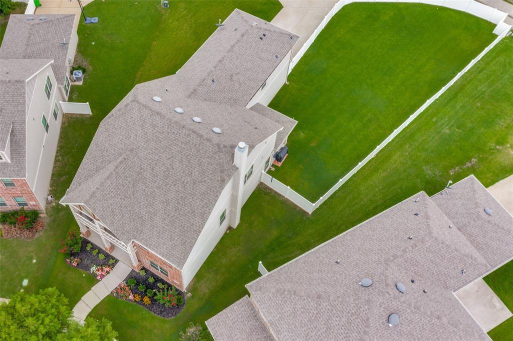 1100 Black Cherry  Drive, Aubrey, Texas 76227 - Acquisto Real Estate best frisco realtor Amy Gasperini 1031 exchange expert