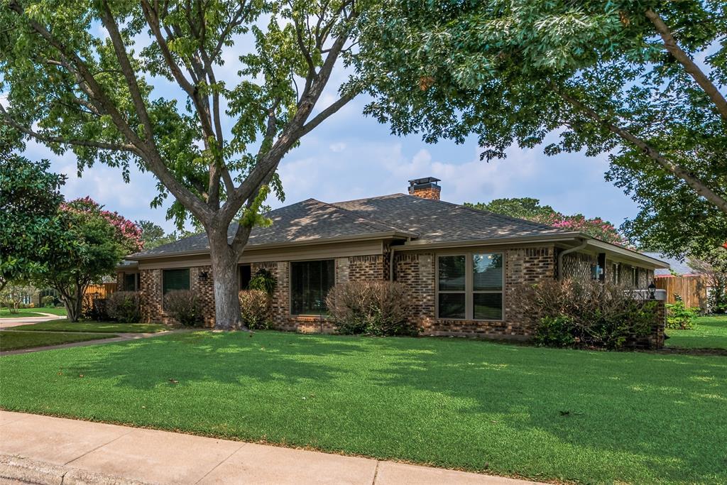 7205 Foxworth  Drive, Dallas, Texas 75248 - Acquisto Real Estate best frisco realtor Amy Gasperini 1031 exchange expert