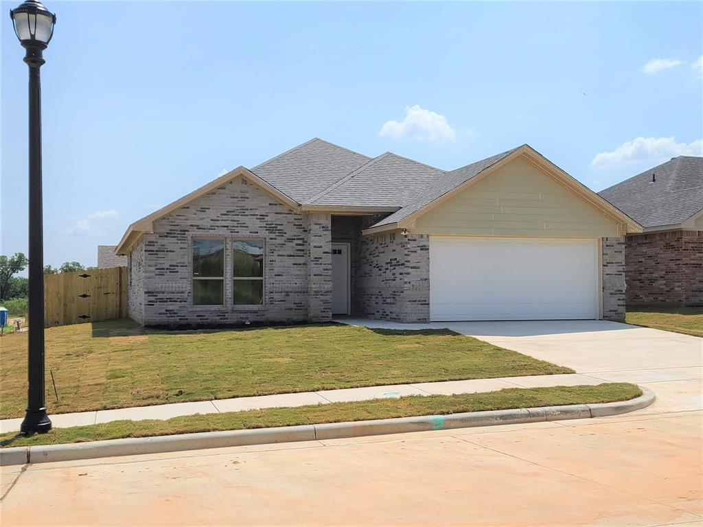 204 Clover Circle  Weatherford, Texas 76086 - Acquisto Real Estate best frisco realtor Amy Gasperini 1031 exchange expert