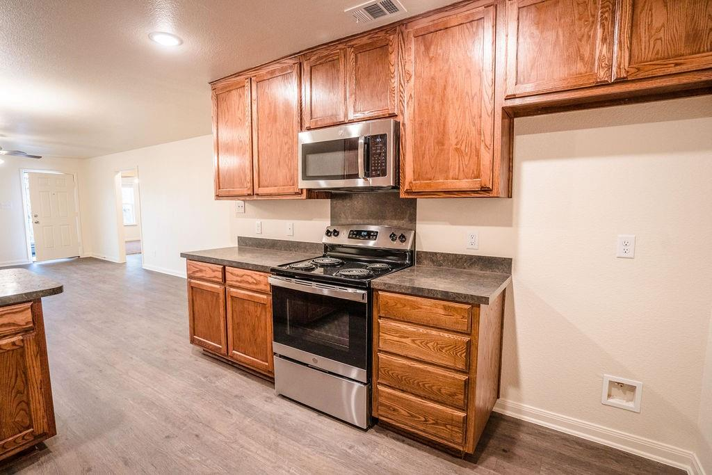 3101 12th  Street, Fort Worth, Texas 76111 - Acquisto Real Estate best frisco realtor Amy Gasperini 1031 exchange expert
