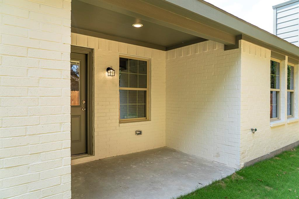 1815 Wright  Street, Greenville, Texas 75401 - Acquisto Real Estate best frisco realtor Amy Gasperini 1031 exchange expert