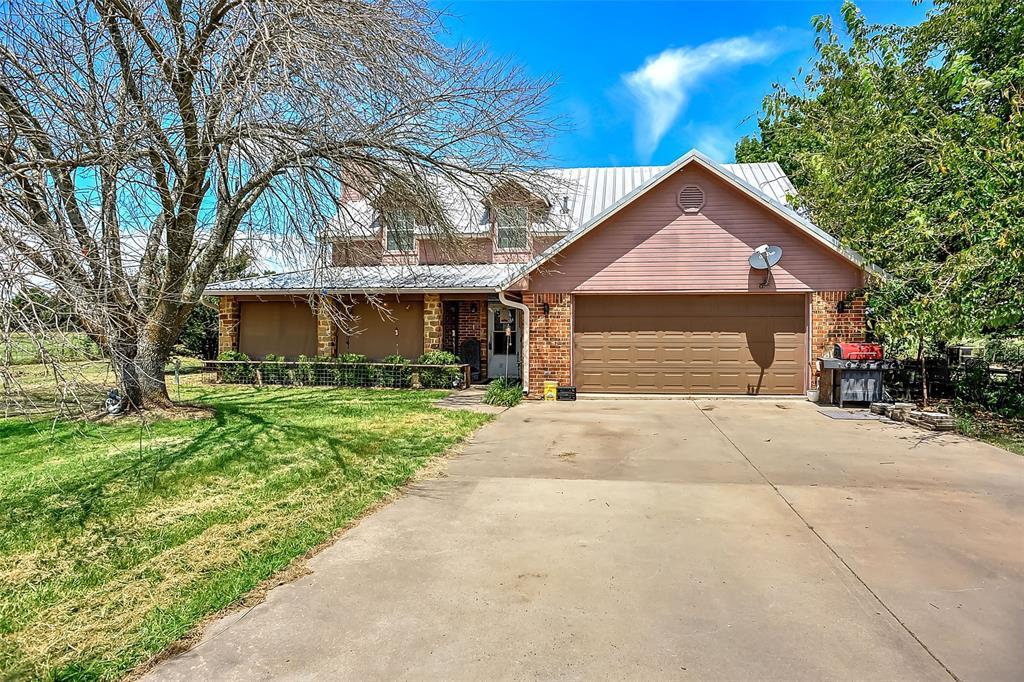 302 Sulphur  Street, Leonard, Texas 75452 - Acquisto Real Estate best frisco realtor Amy Gasperini 1031 exchange expert