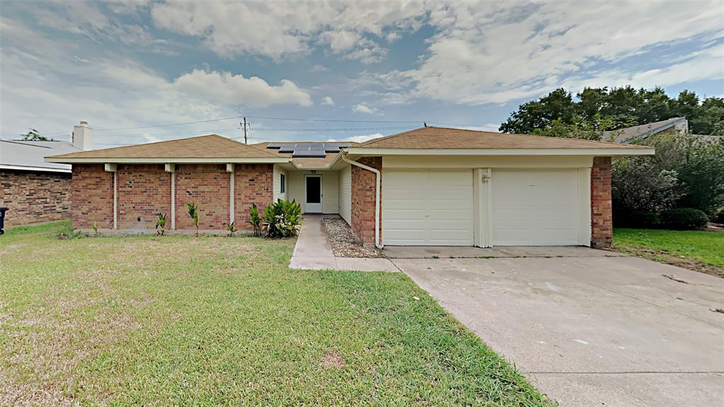 6309 Woodstream  Trail, Fort Worth, Texas 76133 - Acquisto Real Estate best frisco realtor Amy Gasperini 1031 exchange expert