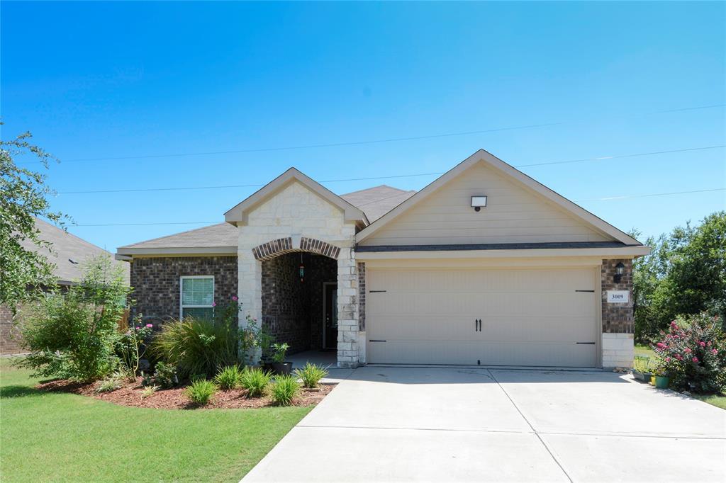 3009 Mcdonald  Drive, Crowley, Texas 76036 - Acquisto Real Estate best frisco realtor Amy Gasperini 1031 exchange expert