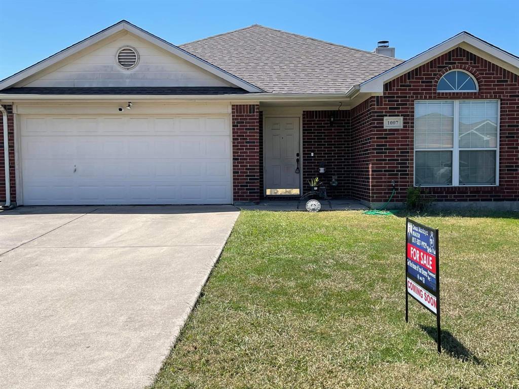 1007 Carlsbad  Drive, Grand Prairie, Texas 75051 - Acquisto Real Estate best frisco realtor Amy Gasperini 1031 exchange expert