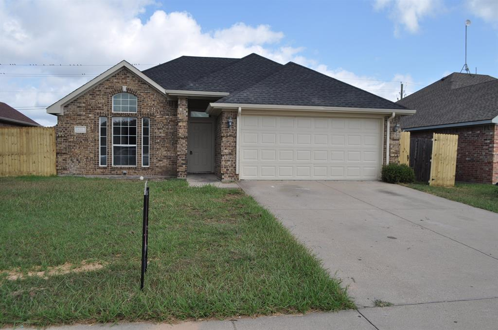 635 Brenna  Road, Waxahachie, Texas 75165 - Acquisto Real Estate best frisco realtor Amy Gasperini 1031 exchange expert