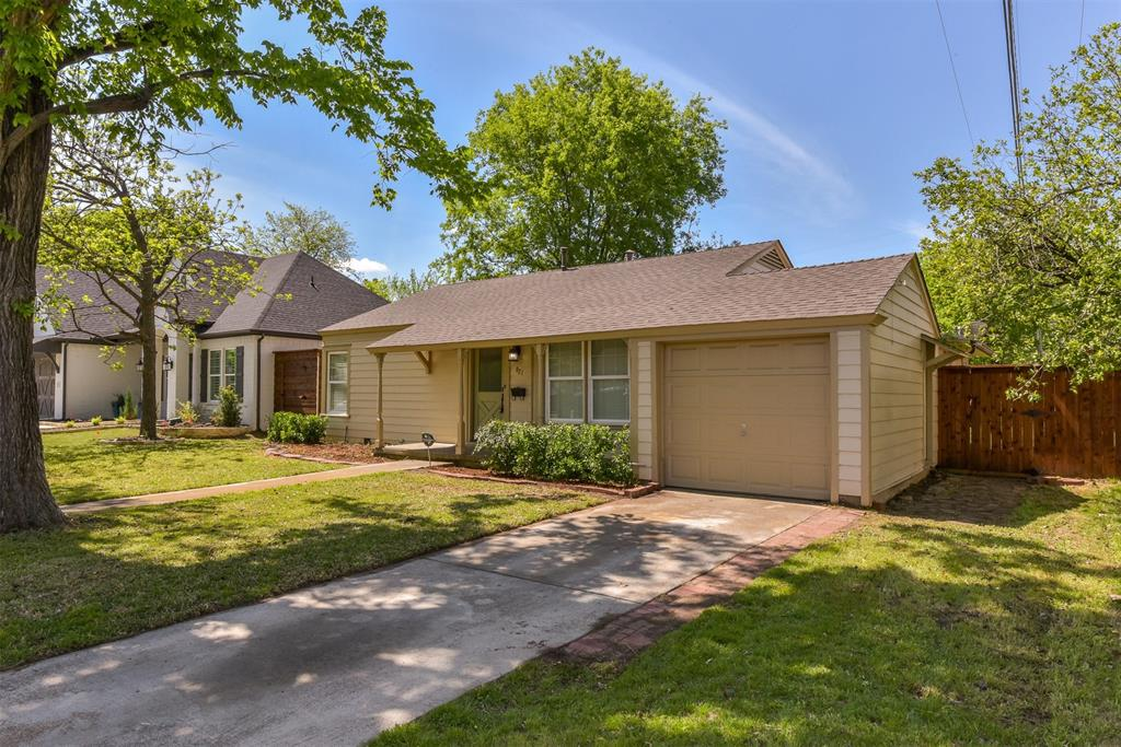 821 Springbrook  Drive, Fort Worth, Texas 76107 - Acquisto Real Estate best frisco realtor Amy Gasperini 1031 exchange expert
