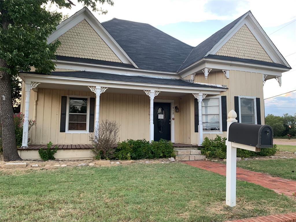 712 Central  Avenue, Hamlin, Texas 79520 - Acquisto Real Estate best frisco realtor Amy Gasperini 1031 exchange expert