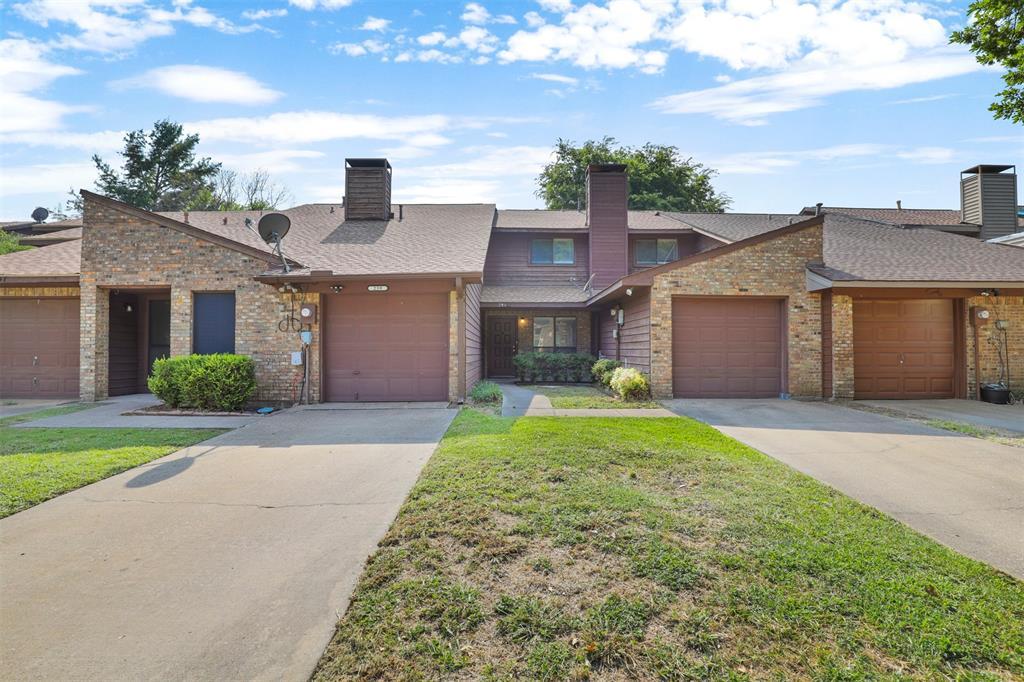 241 Mccarley  Place, McKinney, Texas 75071 - Acquisto Real Estate best frisco realtor Amy Gasperini 1031 exchange expert