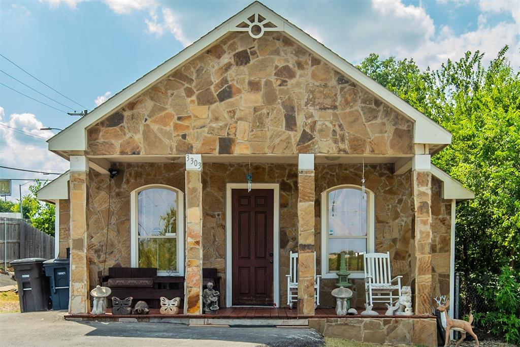 3303 Prairie  Avenue, Fort Worth, Texas 76106 - Acquisto Real Estate best frisco realtor Amy Gasperini 1031 exchange expert