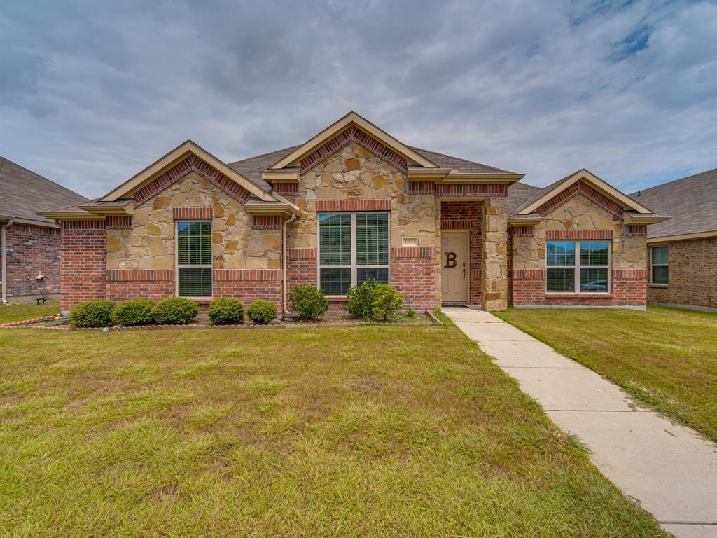 1933 Rainwater  Way, Lancaster, Texas 75146 - Acquisto Real Estate best frisco realtor Amy Gasperini 1031 exchange expert