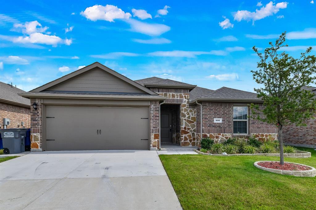 806 Meadow Wood  Lane, Princeton, Texas 75407 - Acquisto Real Estate best frisco realtor Amy Gasperini 1031 exchange expert