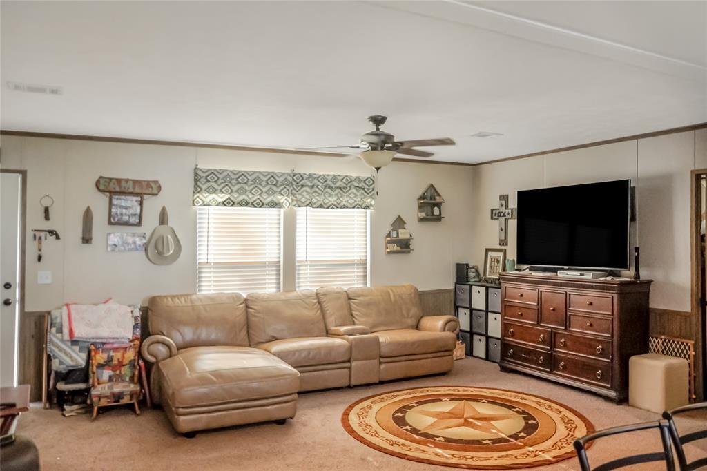 110 Courtney  Lane, Callisburg, Texas 76240 - Acquisto Real Estate best frisco realtor Amy Gasperini 1031 exchange expert