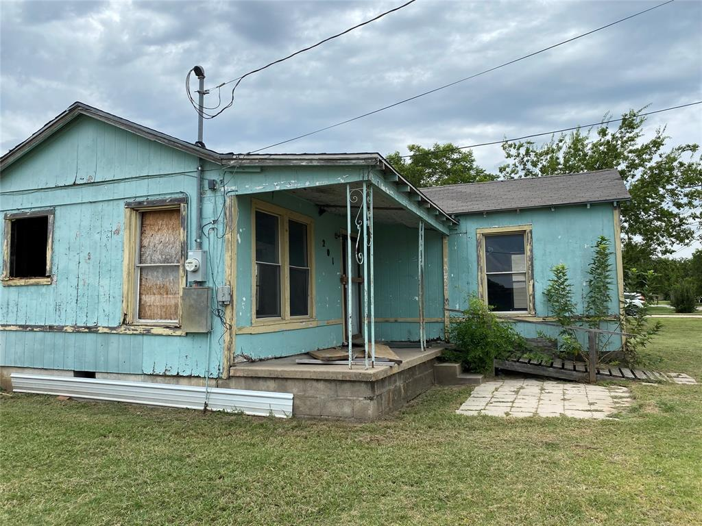 201 11th  Street, Mineral Wells, Texas 76067 - Acquisto Real Estate best frisco realtor Amy Gasperini 1031 exchange expert