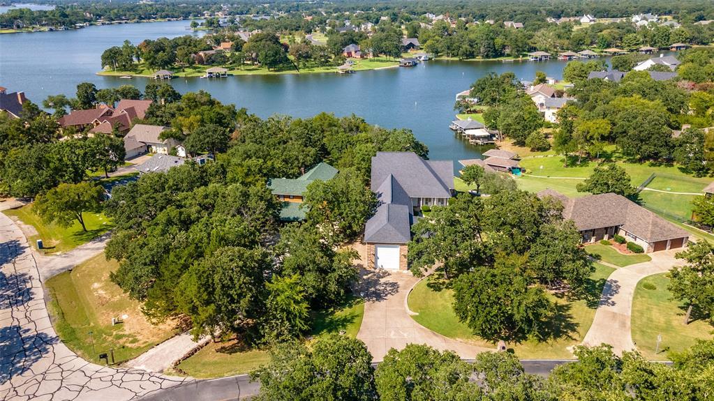 214 Kiowa  Drive, Lake Kiowa, Texas 76240 - Acquisto Real Estate best frisco realtor Amy Gasperini 1031 exchange expert