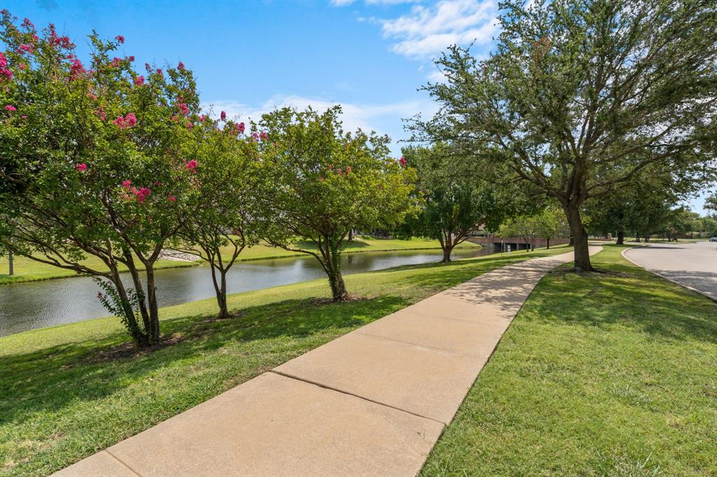 10903 Sweetwater  Drive, Frisco, Texas 75035 - Acquisto Real Estate best frisco realtor Amy Gasperini 1031 exchange expert