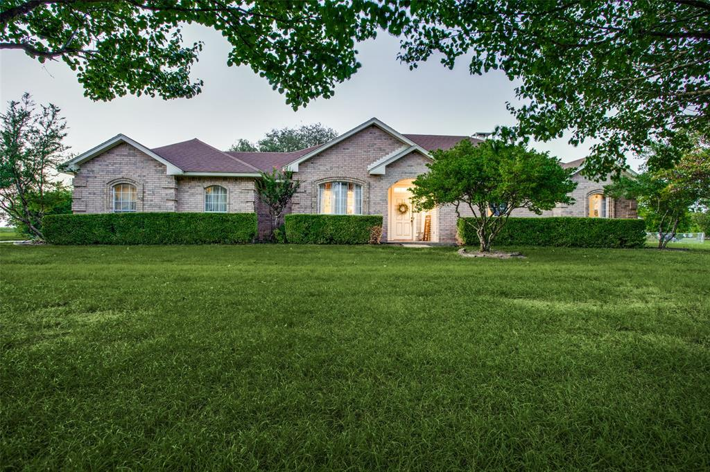 101 Hackberry  Street, Oak Leaf, Texas 75154 - Acquisto Real Estate best frisco realtor Amy Gasperini 1031 exchange expert
