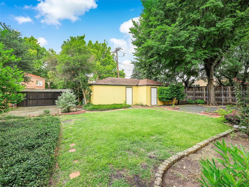 4553 Fairway  Avenue, Highland Park, Texas 75219 - Acquisto Real Estate best frisco realtor Amy Gasperini 1031 exchange expert