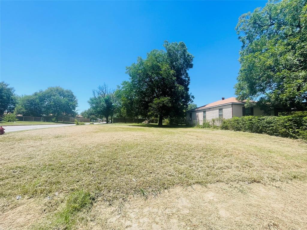421 17th  Street, Grand Prairie, Texas 75051 - Acquisto Real Estate best frisco realtor Amy Gasperini 1031 exchange expert