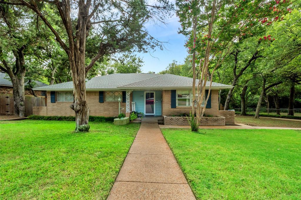 1109 Ott  Circle, Cockrell Hill, Texas 75211 - Acquisto Real Estate best frisco realtor Amy Gasperini 1031 exchange expert