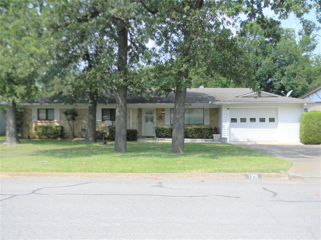 125 Hickory  Avenue, Denison, Texas 75020 - Acquisto Real Estate best frisco realtor Amy Gasperini 1031 exchange expert