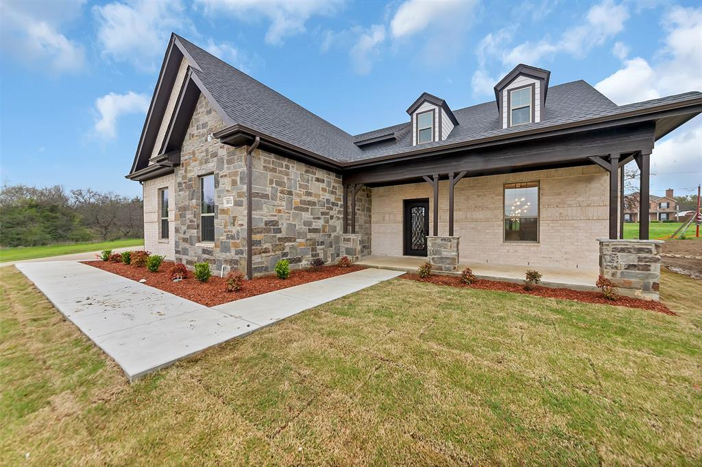 301 Green Meadow  Drive, Lakewood Village, Texas 75068 - Acquisto Real Estate best frisco realtor Amy Gasperini 1031 exchange expert