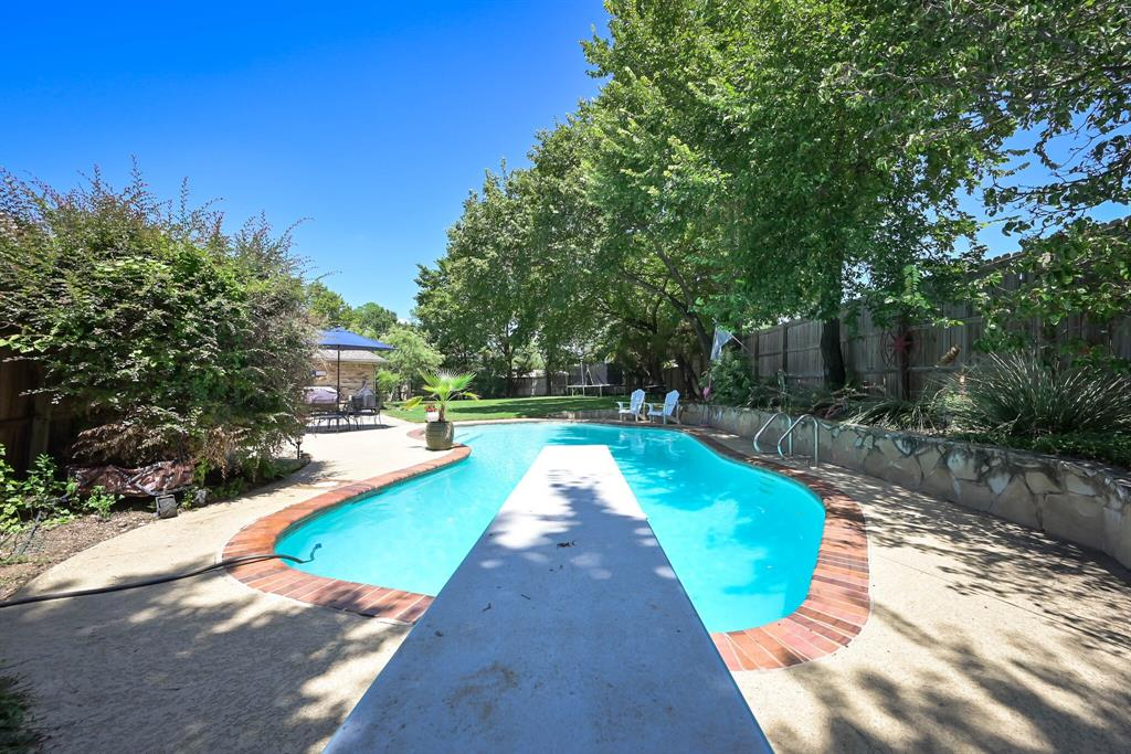 9 Country Club  Court, Pantego, Texas 76013 - Acquisto Real Estate best frisco realtor Amy Gasperini 1031 exchange expert