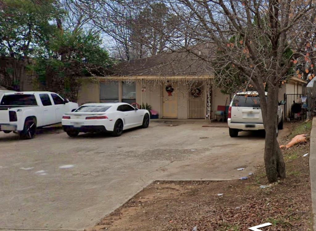 706 Pecan  Street, Arlington, Texas 76011 - Acquisto Real Estate best frisco realtor Amy Gasperini 1031 exchange expert